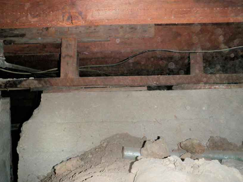 Los angeles foundation repair sinai construction engineering for Crumbling concrete floor